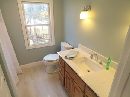 Brewster Cape Cod vacation rental - Second level full bath