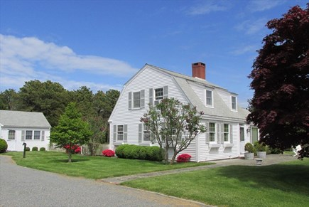 East Orleans Cape Cod vacation rental - Drive and yard