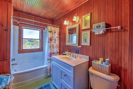 East Sandwich Cape Cod vacation rental - Full Bath with tub/shower
