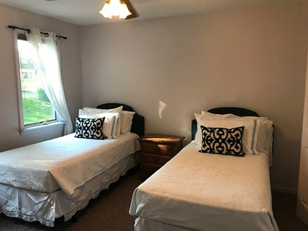 Barnstable, Centerville Cape Cod vacation rental - Twin Bedroom