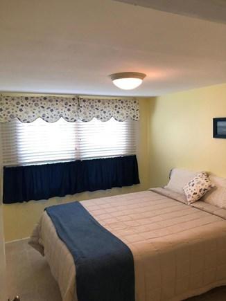 Mashpee, Popponesset Beach Cape Cod vacation rental - Queen bedroom w/dresser