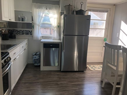 West Yarmouth Cape Cod vacation rental - Eat-in kitchen