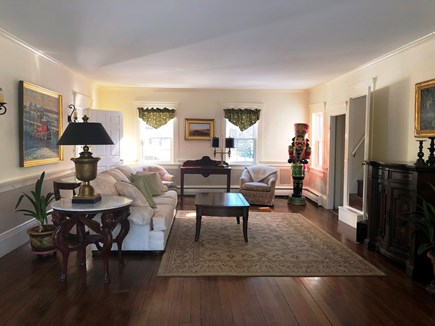 Harwich Port Cape Cod vacation rental - Large living room