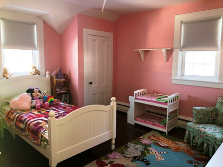 Harwich Port Cape Cod vacation rental - Toddler bedroom
