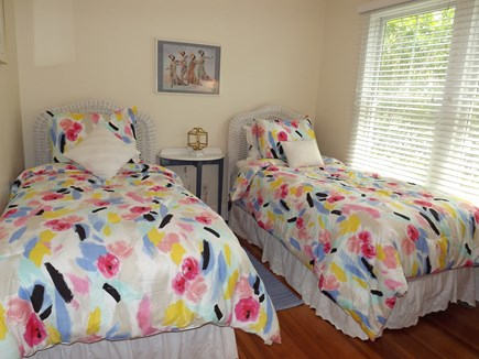 Chatham Cape Cod vacation rental - Bedroom with 2 Twins