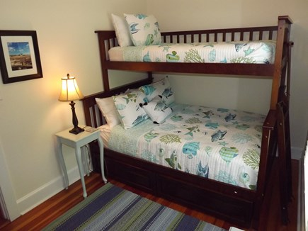 Chatham Cape Cod vacation rental - Bedroom with Bunk Beds (twin upper, full lower)
