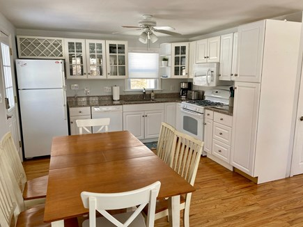 Barnstable, Hyannis Cape Cod vacation rental - Fully equipped kitchen with dining for 6