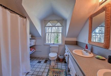 Bourne, Pocasset Cape Cod vacation rental - Bathroom 1