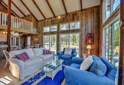 Bourne, Pocasset Cape Cod vacation rental - Living room