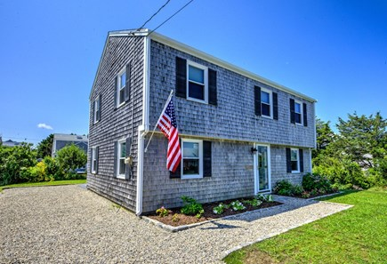 Sandwich, Town Neck Cape Cod vacation rental - Front of house
