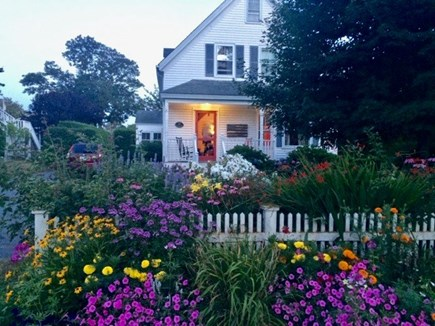 Chatham Cape Cod vacation rental - Adorable Cape home in Chatham Village