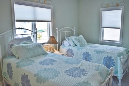 West Yarmouth Cape Cod vacation rental - 1st Floor twin bedroom