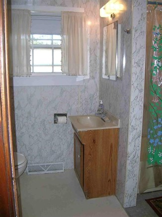 Chatham Cape Cod vacation rental - Bathroom with tub and shower