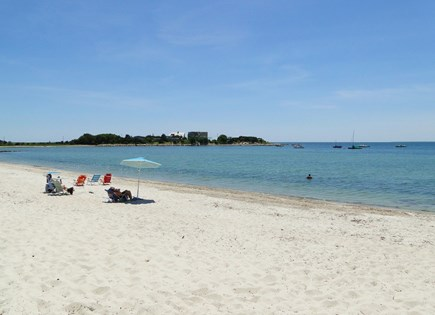 N. Falmouth-Wild Harbour Estat Cape Cod vacation rental - Lovely beach – great for sunbathing, swimming