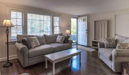 Mashpee, Popponesset Beach Cape Cod vacation rental - Living room