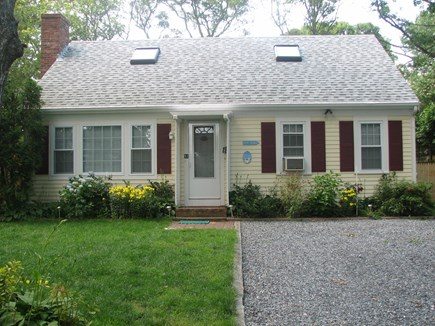 Falmouth, Teaticket Cape Cod vacation rental - Front of the house
