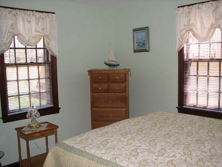 Falmouth, Teaticket Cape Cod vacation rental - Bedroom 2-downstairs