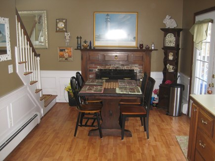 West Yarmouth Cape Cod vacation rental - Dining table that will comfortably accommodate 6 people