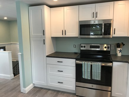 EASTHAM Cape Cod vacation rental - All new appliances