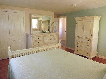 Chatham Cape Cod vacation rental - Queen Bedroom with Full Bath
