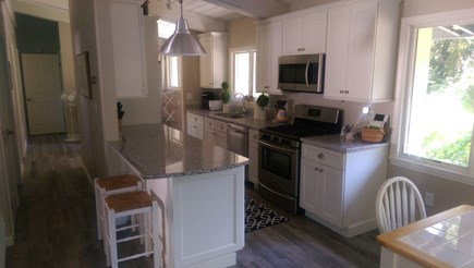 Falmouth Cape Cod vacation rental - Kitchen, Gas cooking
