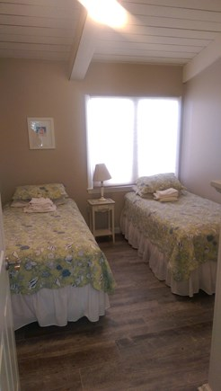 Falmouth Cape Cod vacation rental - Bedroom 2 with twin beds