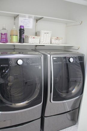 South Dennis Cape Cod vacation rental - New Washer/Dryer