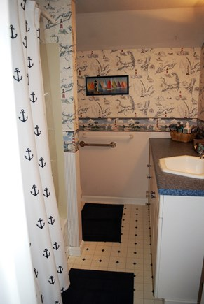 West Dennis Cape Cod vacation rental - Second bath with tub/shower