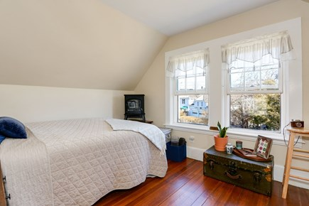 Bourne, Sagamore / Sandwich Line Cape Cod vacation rental - 2nd floor bedroom with double bed. 2nd floor bath just outside.