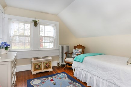 Bourne, Sagamore / Sandwich Line Cape Cod vacation rental - 3rd bedroom on 2nd floor w/one twin & windows that overlook yard.