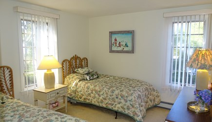 Harwich port Cape Cod vacation rental - Main floor twin bedroom
