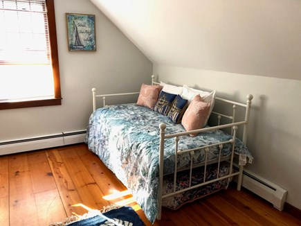 Cotuit Cotuit vacation rental - Bedroom with 4 twin beds with window AC