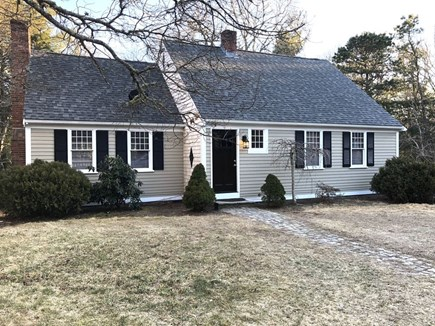 Cotuit Cotuit vacation rental - Front of Home