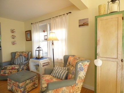 Chatham Cape Cod vacation rental - More Comfy Seating