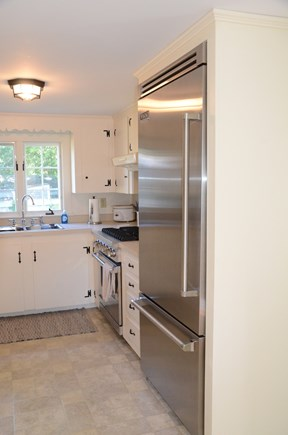Yarmouth Port Cape Cod vacation rental - Beautiful Viking appliance upgrades