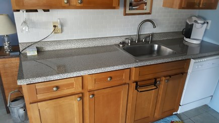 DENNIS Cape Cod vacation rental - Kitchen counter
