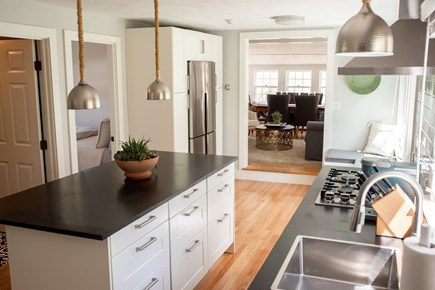 Duxbury MA vacation rental - Conveniently placed kitchen that opens to living room