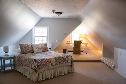 Duxbury MA vacation rental - Master suite on second floor with private half bath