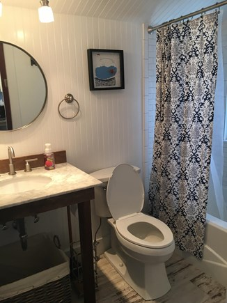 North Falmouth Cape Cod vacation rental - Full bathroom