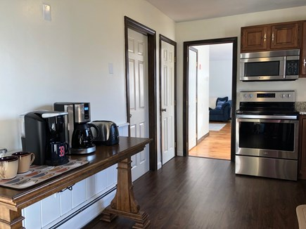 Sandwich Cape Cod vacation rental - Want a full pot or single cup? The coffee bar has both!