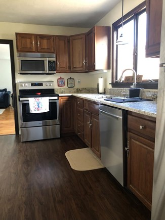 Sandwich Cape Cod vacation rental - New appliances, sink & faucet, granite counter, freshly painted!