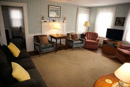 Harwich Cape Cod vacation rental - Living room with cable TV and plenty of seating