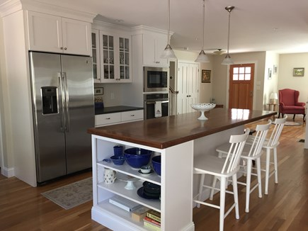 Chatham Cape Cod vacation rental - 9' kitchen counter with seating for 5