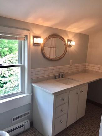 ORLEANS Cape Cod vacation rental - 2nd Floor Full Bathroom