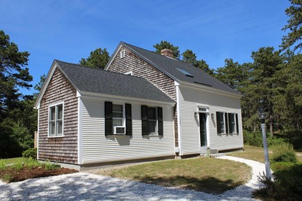 Wellfleet Cape Cod vacation rental - Nicely maintained home and yard