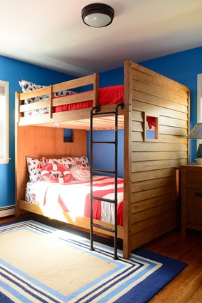 Plymouth MA vacation rental - 2nd Bedroom - 2 full size bunk beds, upper bunk 200 lb capacity