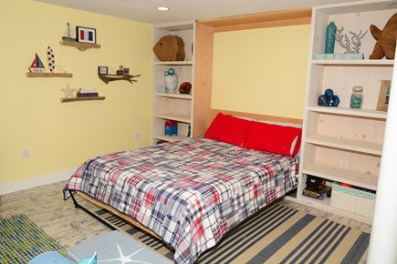 Plymouth MA vacation rental - Queen Sized Murphy Bed in lower level