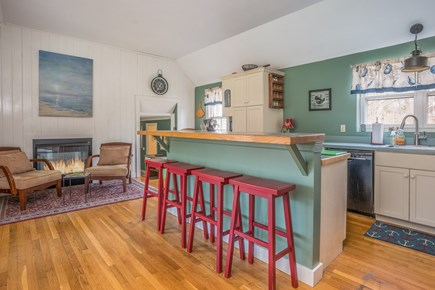 Barnstable Village Cape Cod vacation rental - Bar Seating