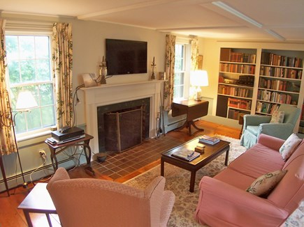 Chatham Cape Cod vacation rental - Classic decor, modern amenities -- cable TV,  a.c. units, WiFi