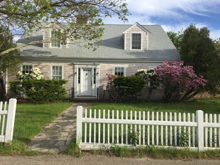 Hyannis Cape Cod vacation rental - Spacious cape with 5 Br & wonderful cottage